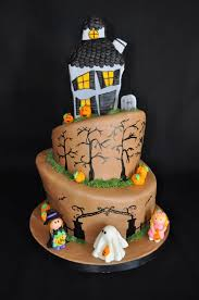 best 25 haunted house cake ideas on pinterest haunted house 1