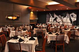 where can i find the best fine dining experience fort lauderdale