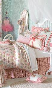 best 20 ballerina bedroom ideas on pinterest girls dance little girls ballerina bedroom the bed has a white wooden frame the sheets have