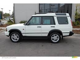 white land rover discovery 2004 chawton white land rover discovery se 27625782 photo 2