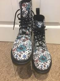 womens boots uk size 8 amazon womens dr marten page ankle boots uk size 8 eu42