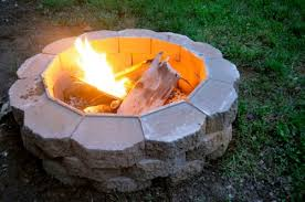 Images Of Backyard Fire Pits by How To Build A Backyard Fire Pit