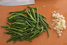 string beans with garlic u0026 hoisin sauce hungryhuy com