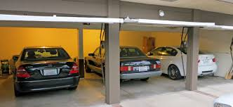 elatar com garage design door