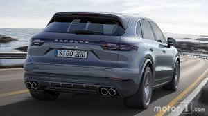 porsche suv interior 2017 2019 porsche cayenne see the changes side by side