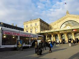 discover the alsatian christmas market in gare de l u0027est french