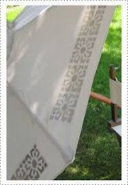 Paint Patio Umbrella How To Paint A Faded Outdoor Umbrella See How It Held Up