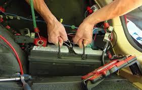 comment attacher un si e auto comment remplacer la batterie sur bmw série 3 e90