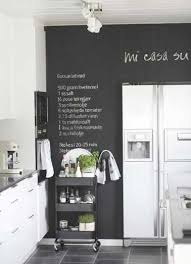 peinture blanche cuisine peinture tableau noir pour colorer une cuisine blanche