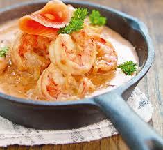 cuisiner les langoustines recette facile langoustine à la crème et au saumon fumé