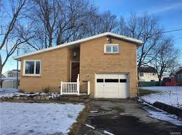 Apartments For Rent In Buffalo Ny Zillow by West Seneca Real Estate West Seneca Ny Homes For Sale Zillow