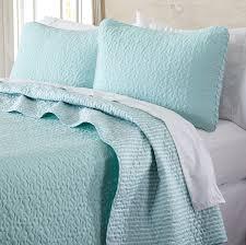 amazon com jasmine collection 3 piece luxury quilt set with shams