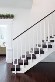 Metal Banister Rail Best 25 Modern Stair Railing Ideas On Pinterest Modern Railing