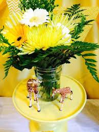 giraffe baby shower decorations bright yellow giraffe baby shower ideas themes