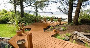 moistureshield vantage collection composite decking