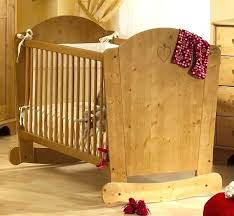 chambre bebe en bois lit bebe bois massif lit evolutif bois lit bebe bois massif lit lit
