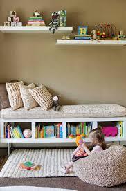 etagere chambre enfants optimiser le rangement dans la chambre d enfant diy faites le