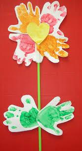 Fleurs Pour Fete Des Meres Fleur Pour La Fête Des Mères Empreintes Des Mains La Maison