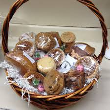 pastry gift baskets gift baskets filled with fresh smoked meats vincek s smokehouse