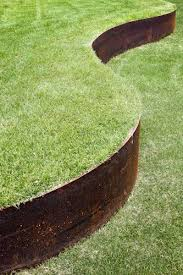 Landscape Edging Metal by Best 25 Steel Edging Ideas On Pinterest What Is A Terrace What