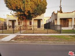 Seeking Pl Seeking A Buyer For 5722 S Manhattan Pl Los Angeles Ca 90062