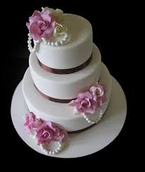 traditional wedding cakes classic traditional look even for the wedding cake wedding planning