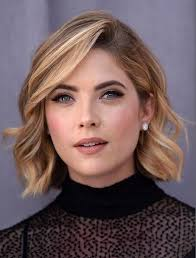 will a short haircut make my hair thicker 14 flattering short hairstyles for your office look fine hair