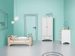chambre enfant pinterest chambre enfant leander lit évolutif armoire 2 portes commode