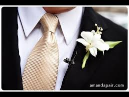 boutineer cost boutonniere boutonniere flower