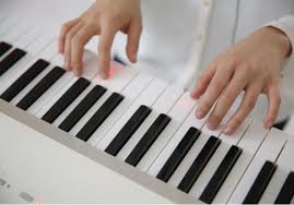piano keyboard with light up keys smart piano guides users through songs with led keyboards torchstar