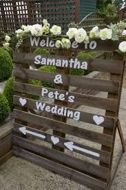 Pallet Wedding Decor Best 25 Wedding Pallet Signs Ideas On Pinterest Country Wedding