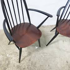 Windsor Armchairs Quaker Back Windsor Armchairs By Lucian Ercolani For Ercol 1970s