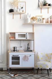cuisine ikea en l ikea hack comment relooker la cuisine pour enfant duktig