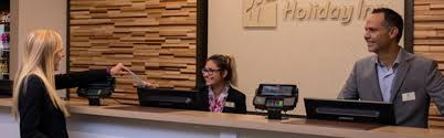 Desk Hotel Holiday Inn Hotel U0026 Suites Chicago O U0027hare Rosemont Hotel By Ihg
