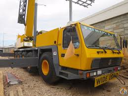 grove gmk5120b 120 ton with 167 u0027 boom plus 112 u0027 jib close to port