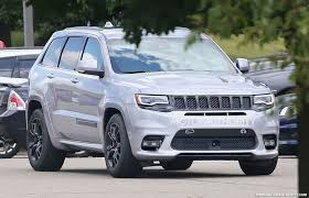 jeep grand cherokee interior 2018 2018 jeep grand cherokee release date new interior 2018 car review
