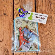 dinosaur party favors dinosaur party favors free printable treat tag for birthday or