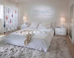 Modern Ideas To Add Interest To White Bedroom Decorating - Ideas for a white bedroom