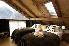 chambre à coucher rustique 26 idées déco chambre à coucher de style rustique