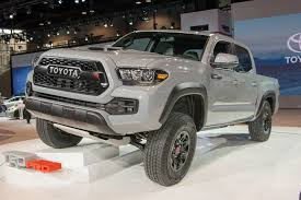 convertible toyota truck 2017 toyota tacoma trd pro chicago 2016 photo gallery autoblog