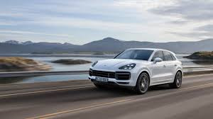 porsche cayenne turbo s horsepower 2019 porsche cayenne turbo debuts in frankfurt with 550 hp autoblog