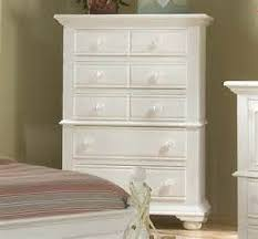 White Distressed Bedroom Set by Ordinary Distressed Bedroom Furniture Sets 4 Broyhill Furniture