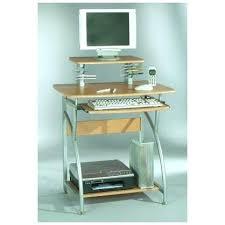 bureau pour ordi petit bureau pour ordinateur en coin bim a co