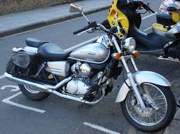 review of honda vt 600 c shadow 2000 pictures live photos