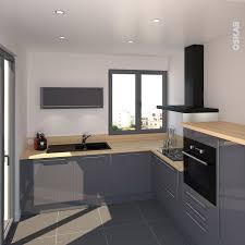 cuisine ton gris cuisine bleue grise contemporaine avec plan de travail décor chêne