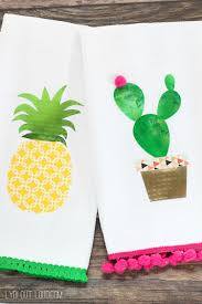 no sew pineapple u0026 cactus summer kitchen towels with cricut lydi