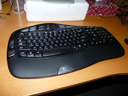 Logitech Comfort Wave Hands On My First Week With The Logitech Cordless Wave Keyboard