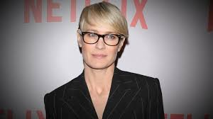 house of cards robin wright hairstyle how house of cards star robin wright negotiated equal pay video