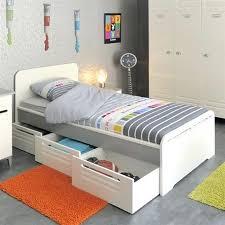 chambre de bonne pas cher chambre a coucher enfants lit 1 personne tiroir rangement pas cher