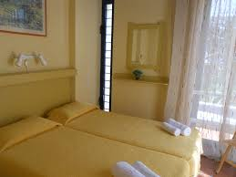 bungalow with 1 bedroom max capacity 4 pax 2 adults 1 or 2